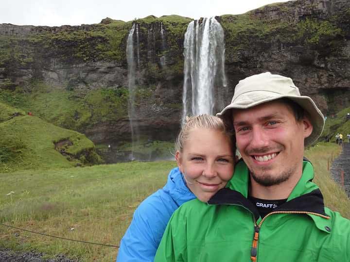 Brudeparret Esben og Julie