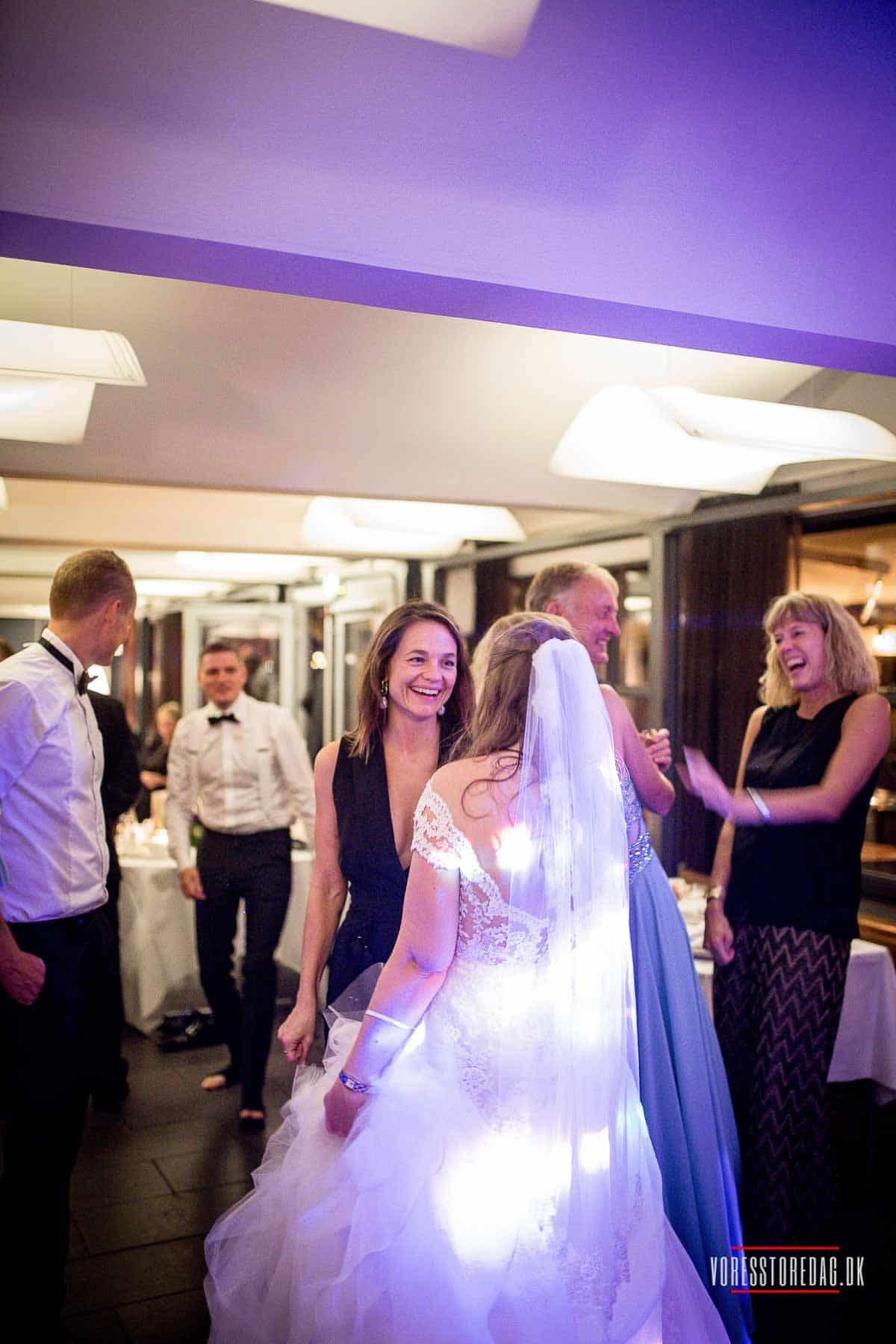bryllupsfesten på Admiral Hotel