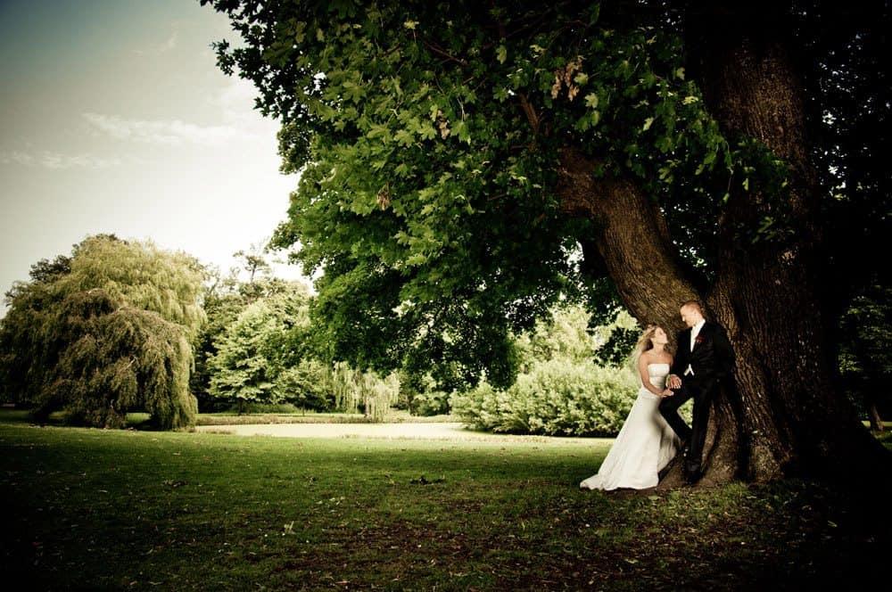 Bryllupsfoto fra Frederiksborg Slotskirke og Marienlyst