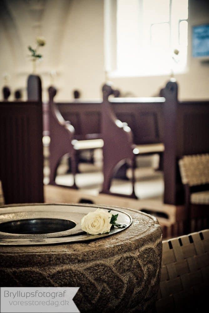 brabrand kirke1-bryllupsfoto-2