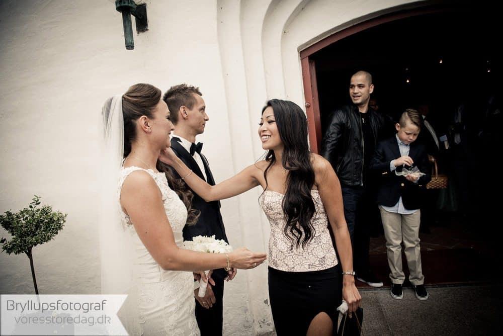 brabrand kirke13-bryllupsfoto-2