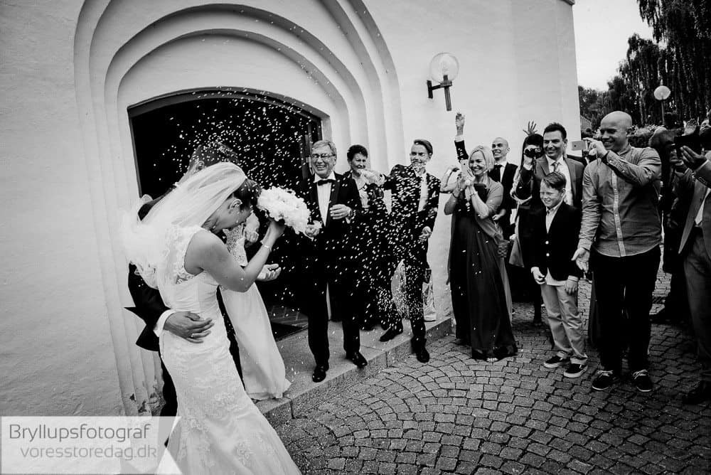 brabrand kirke15-bryllupsfoto-2