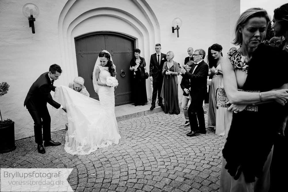 brabrand kirke16-bryllupsfoto-2