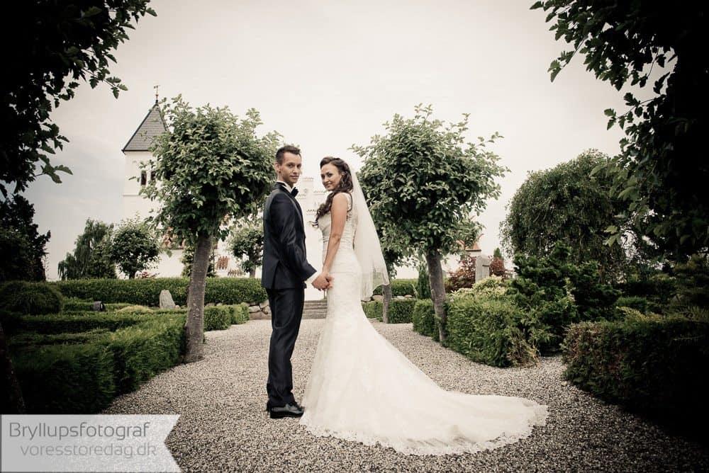 brabrand kirke18-bryllupsfoto-2