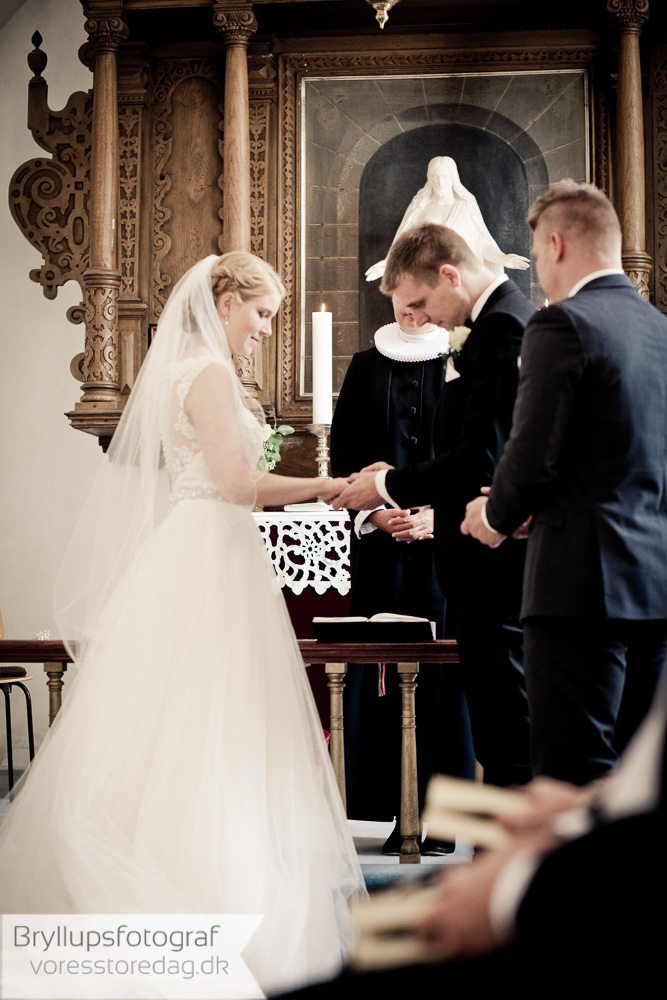 Døllefjelde kirke bryllupper