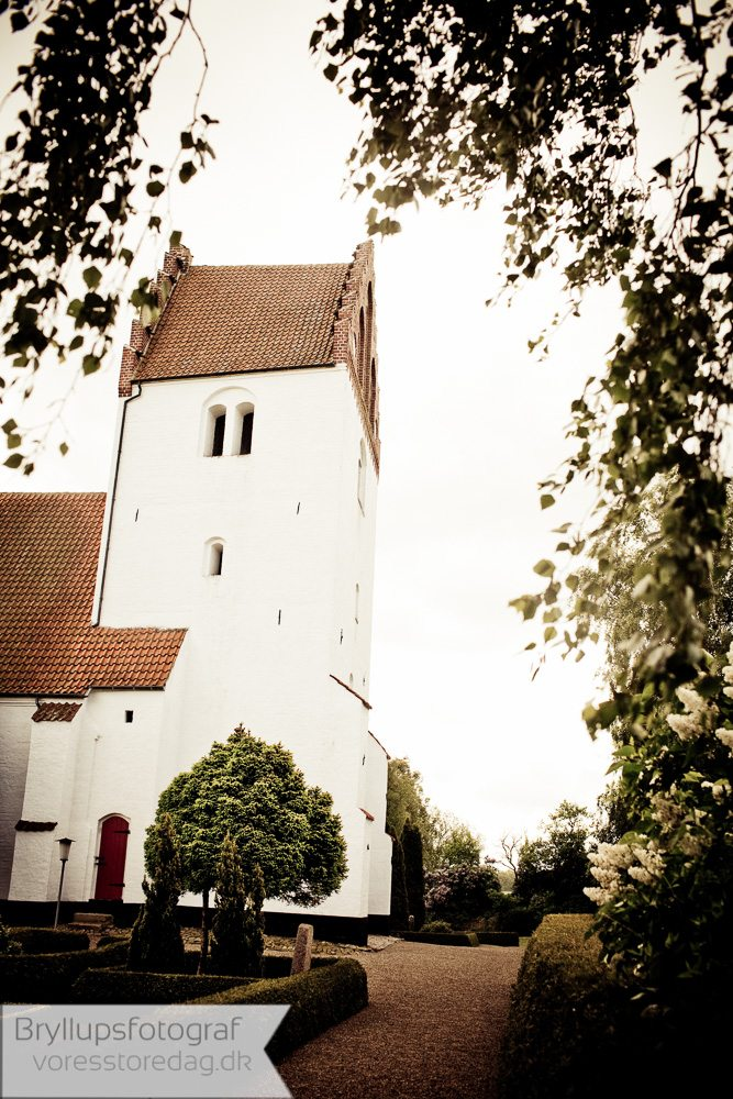 Døllefjelde kirke