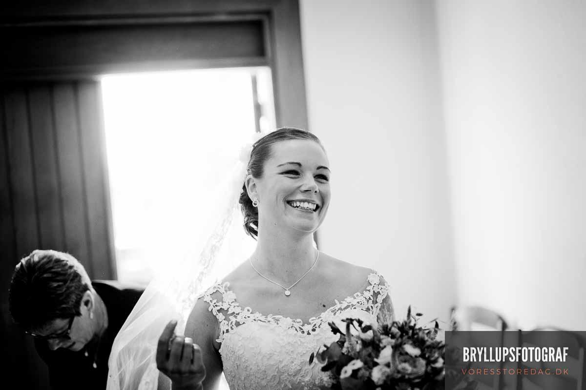 Bryllupsfotografering som fortæller jeres historie