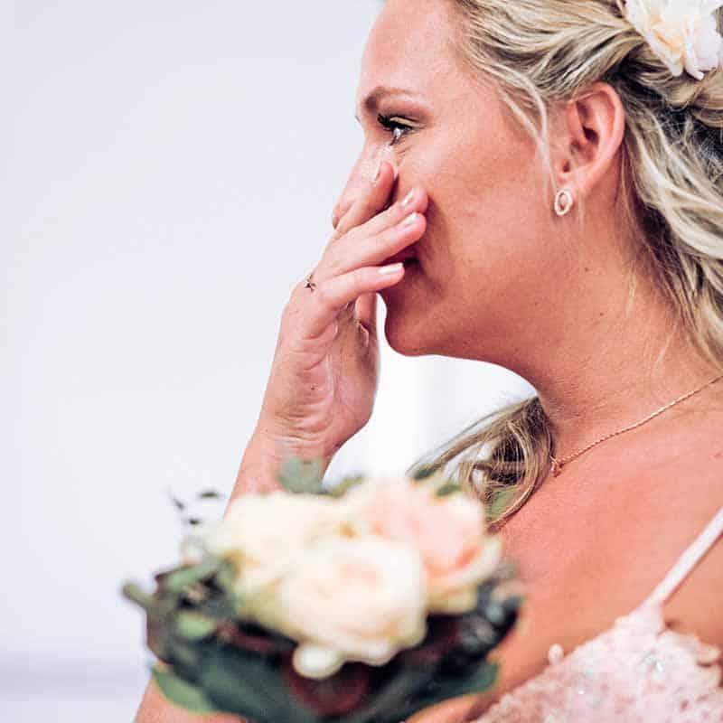 Smukke bryllupsbilleder taget af bryllupsfotograf FYN fotograf Kjøller Andersen