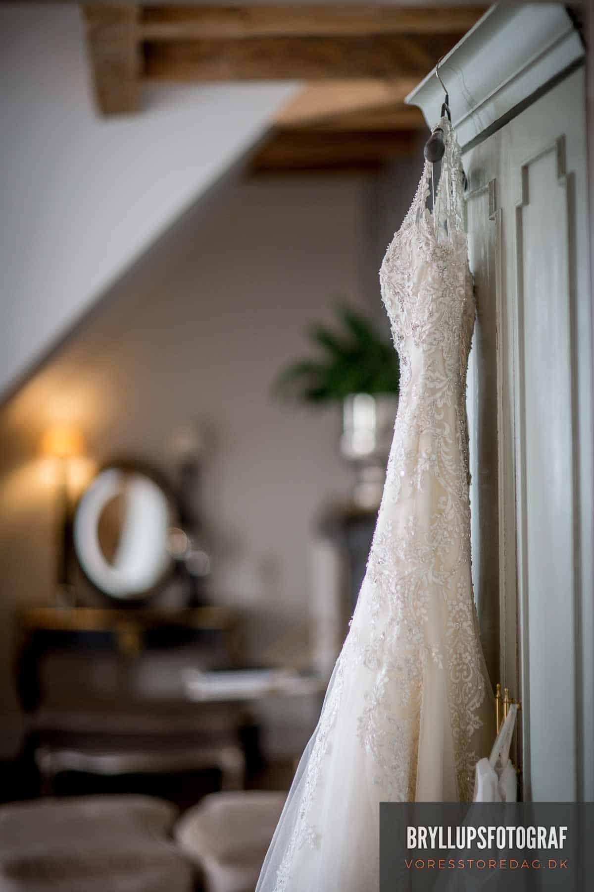 brudekjole på kokkedal slot