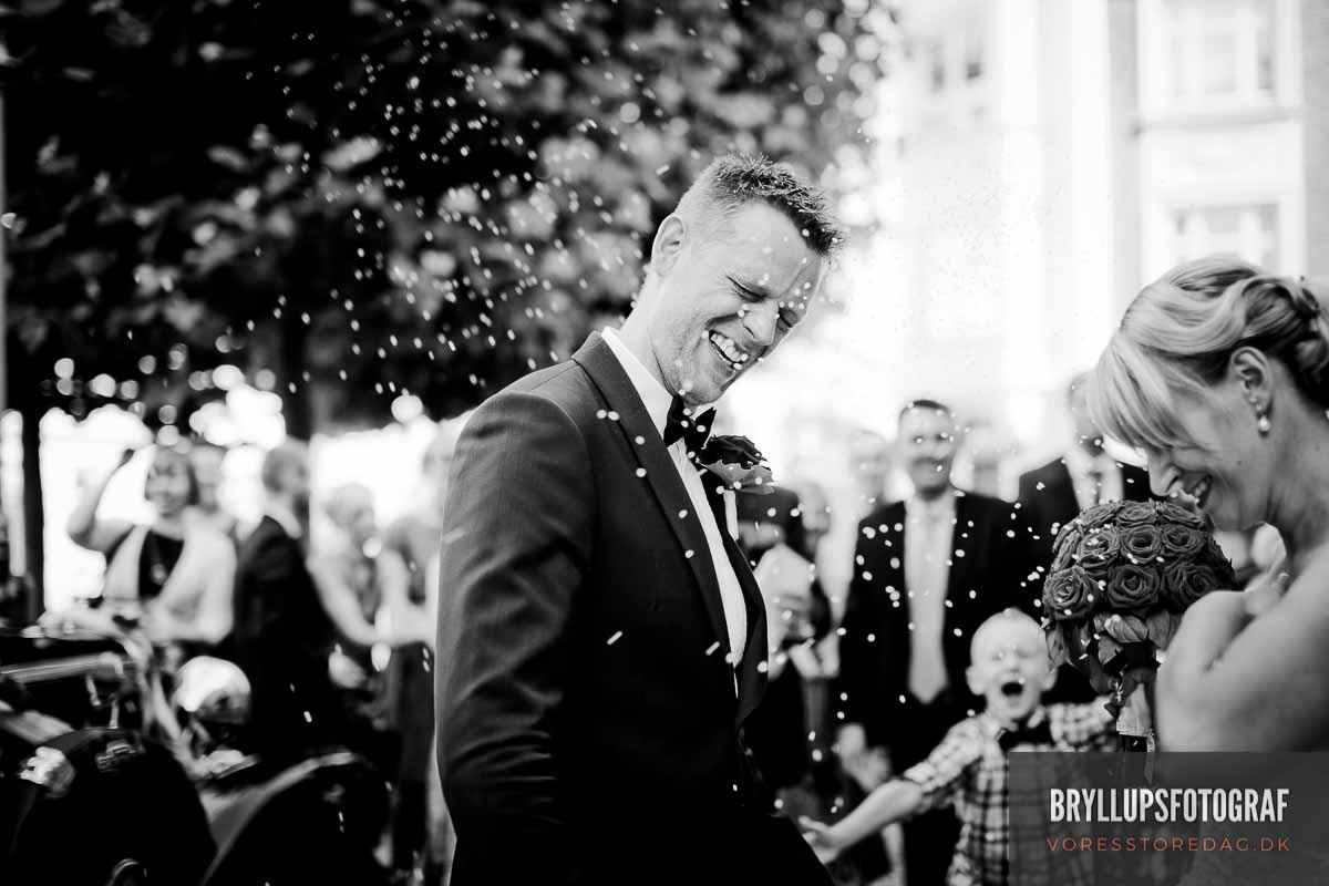 bryllupsfotograf i kirken