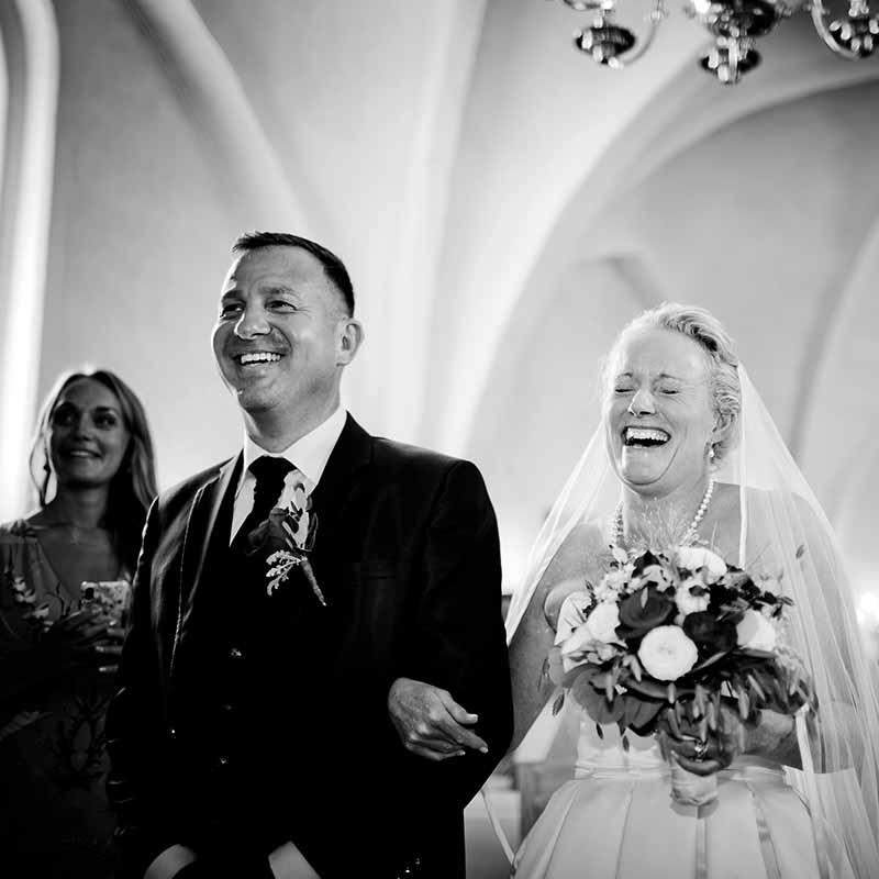 Bryllupsfotograf Odense | Søger du en professionel bryllupsfotograf?