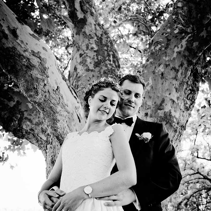 Book din bryllupsfotograf Odense