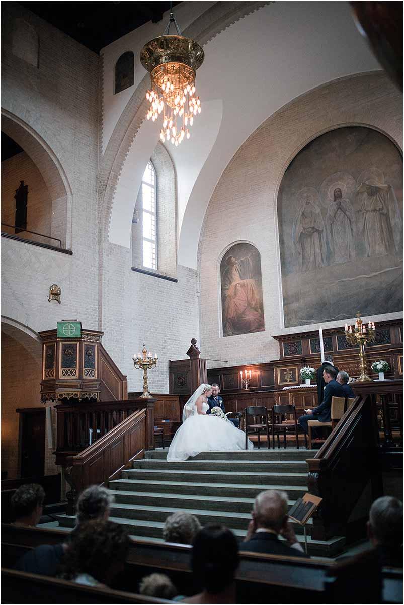 vielse i bruden og gommen i Elias Kirken