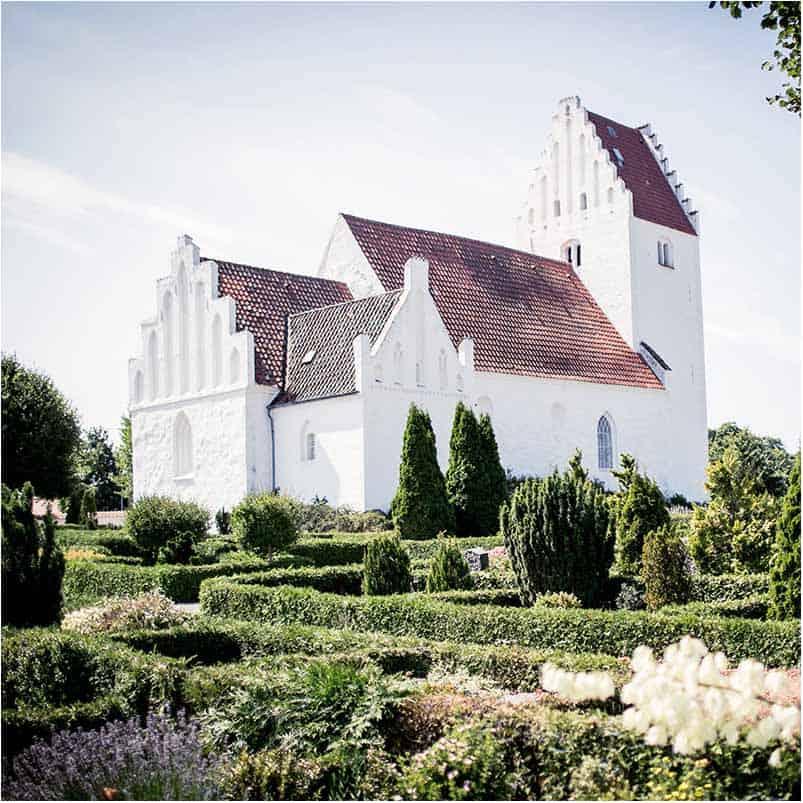 bryllupsfotograf i Kirken Sjælland