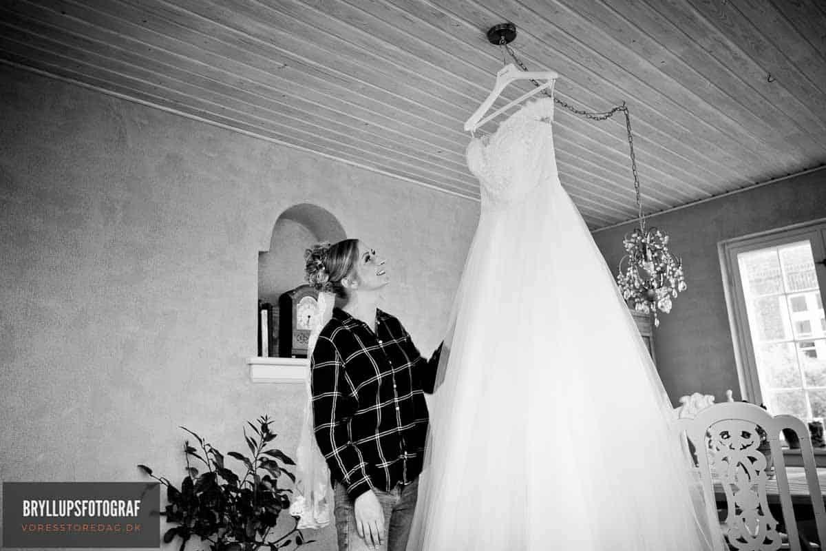 Professional bryllupsfotografering l med elegante portefølje til din Store Dag