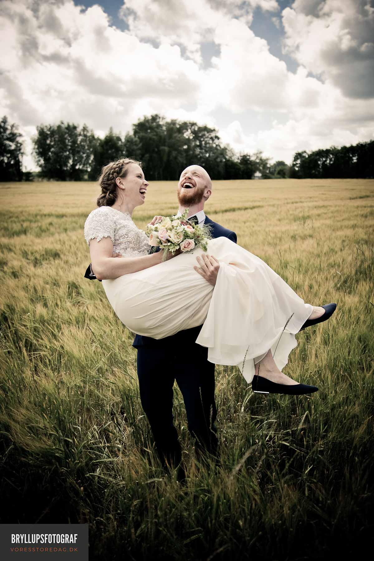 bryllupsfotografering ved Svanninge Bakker