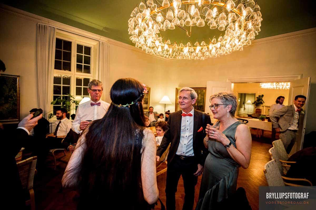 Den store festlokale tråd - Bryllup