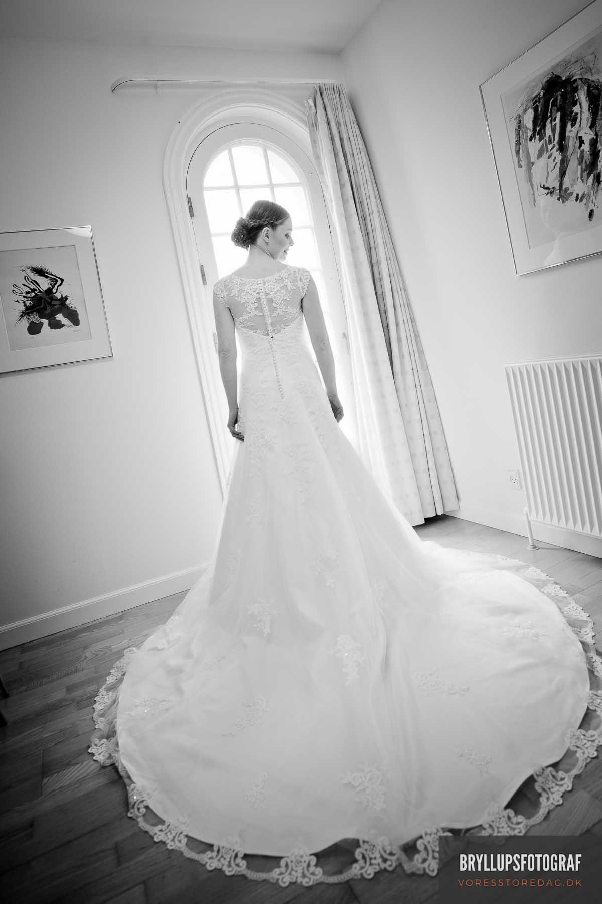 Hvilken kjole skal du tage på til bryllup?