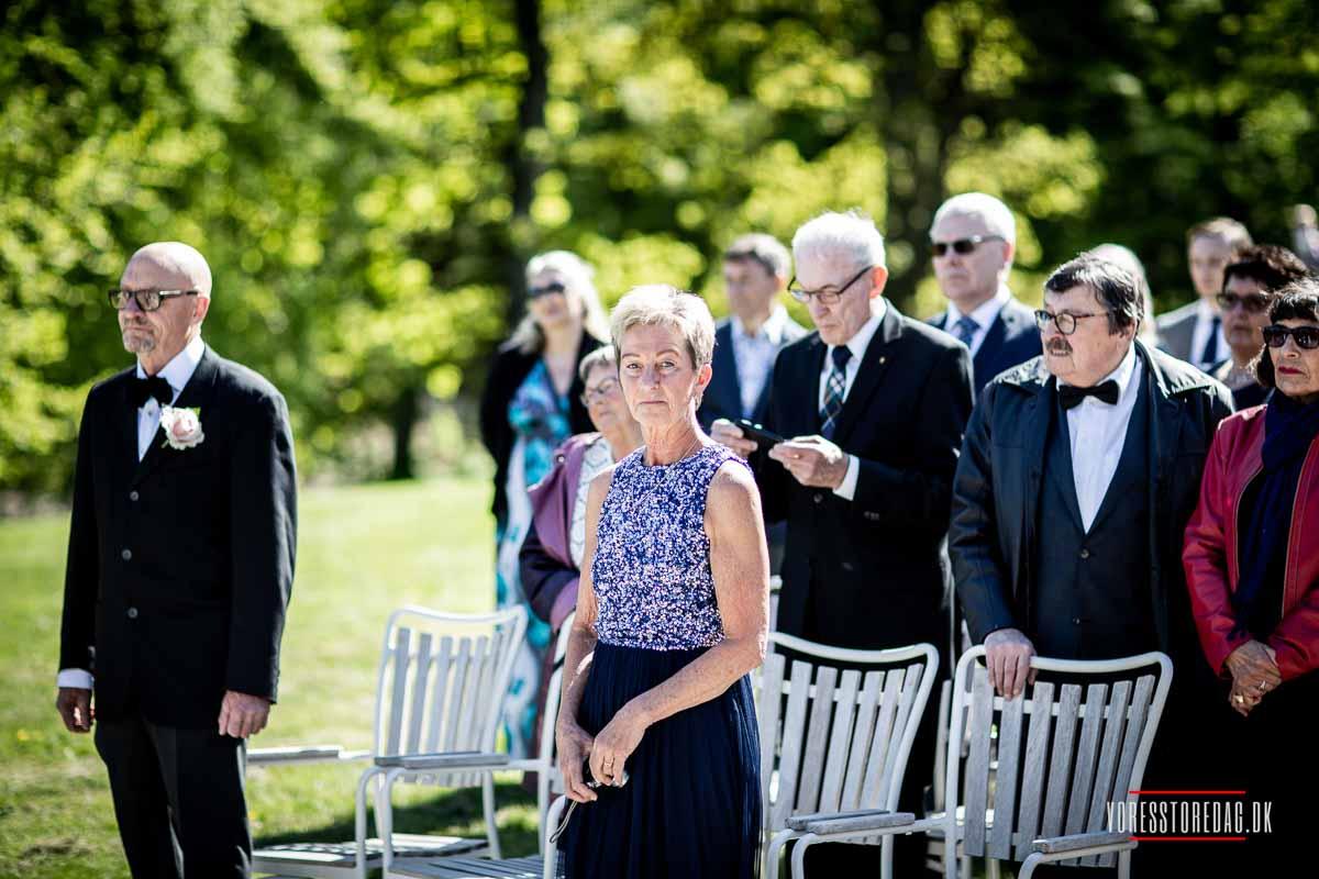 bryllupsgæster Varna palæet