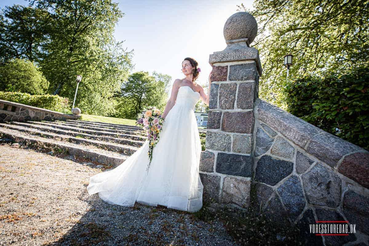 Vi skal jo holde vores bryllupfest på Varna Palæet i Århus