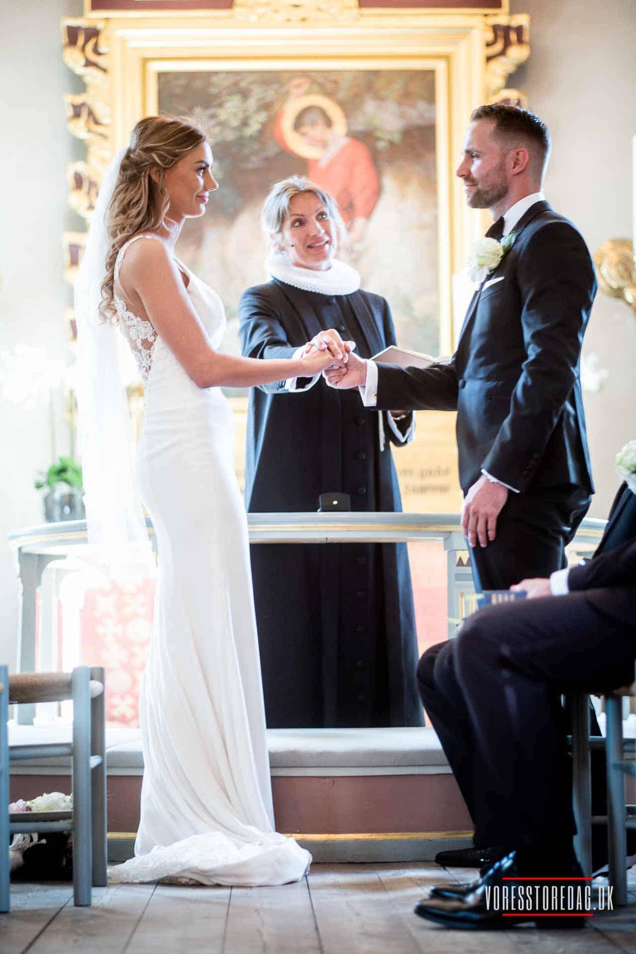 Sådan bliver jeres bryllupsfotografering perfekt