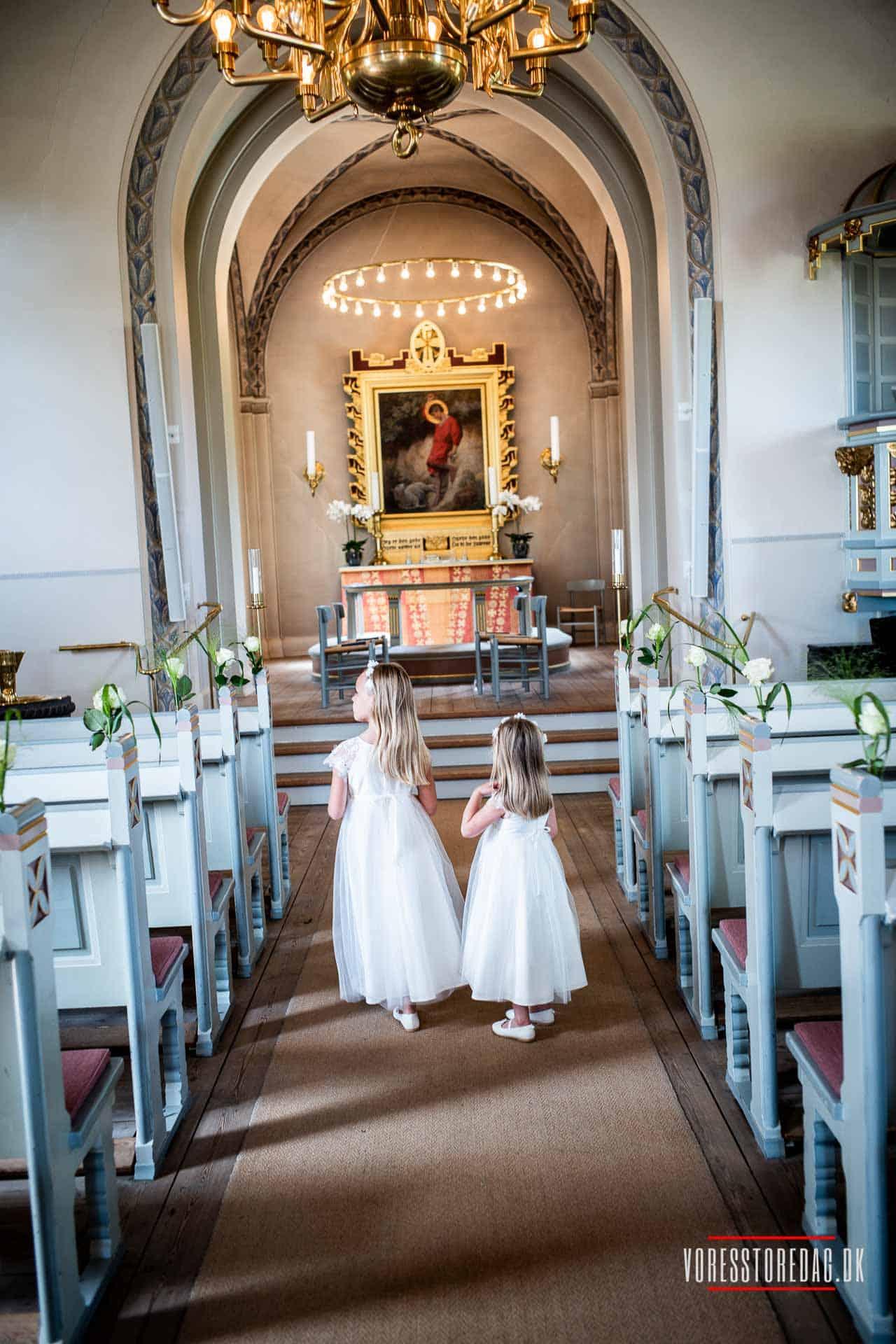 Egebæksvang Kirke på Strandvejen i nordsjællandske Espergærde