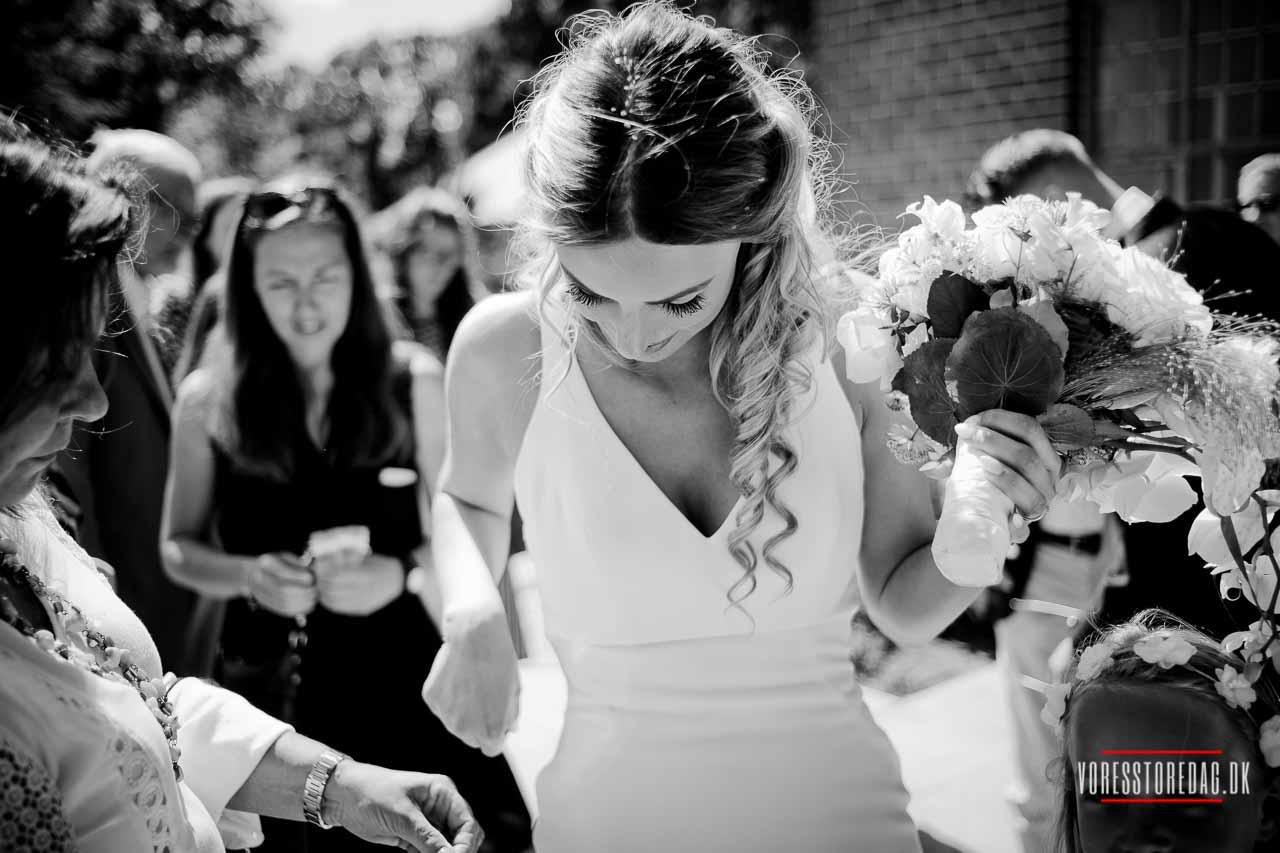 Bryllupsfotografering: Fotoguide om fotografer, stemning og steder