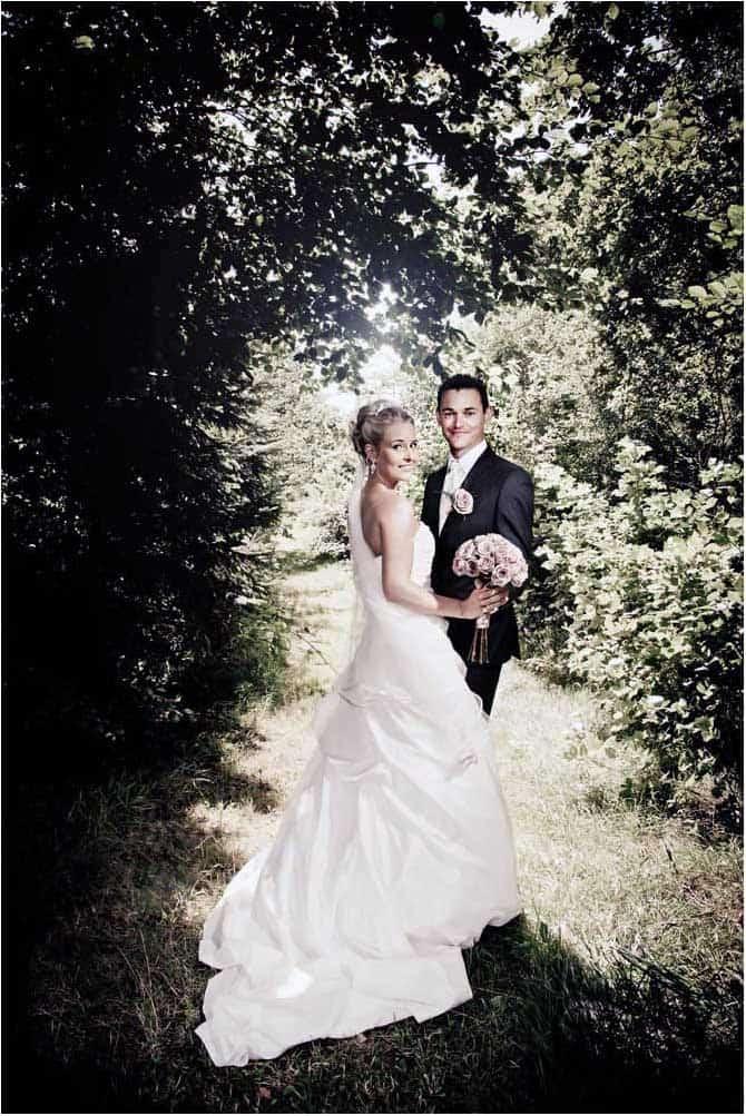 bryllupsfoto i råt miljø
