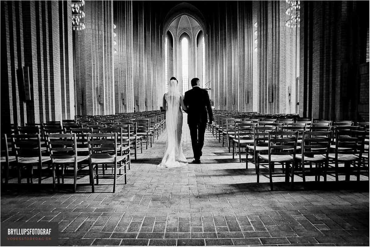 bryllupsfoto i Kirke