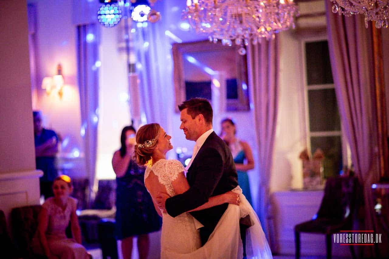 brudevals på Kokkedal Slot