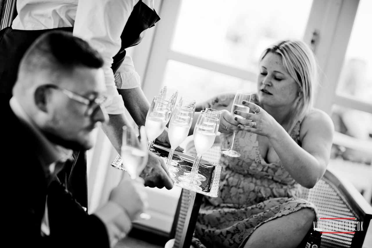 Se billeder fra et Juelsminde bryllup