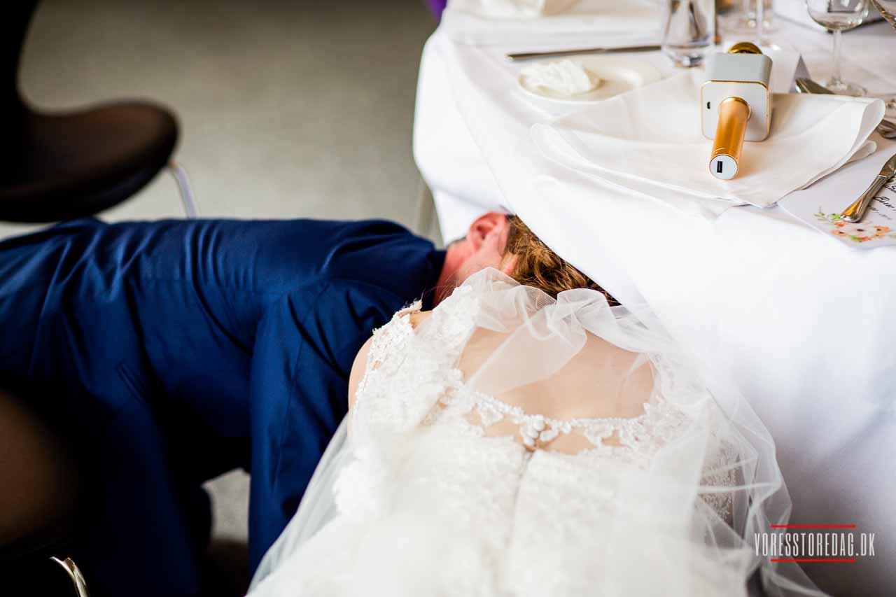 ærlige og stemningsfyldte bryllupsbilleder