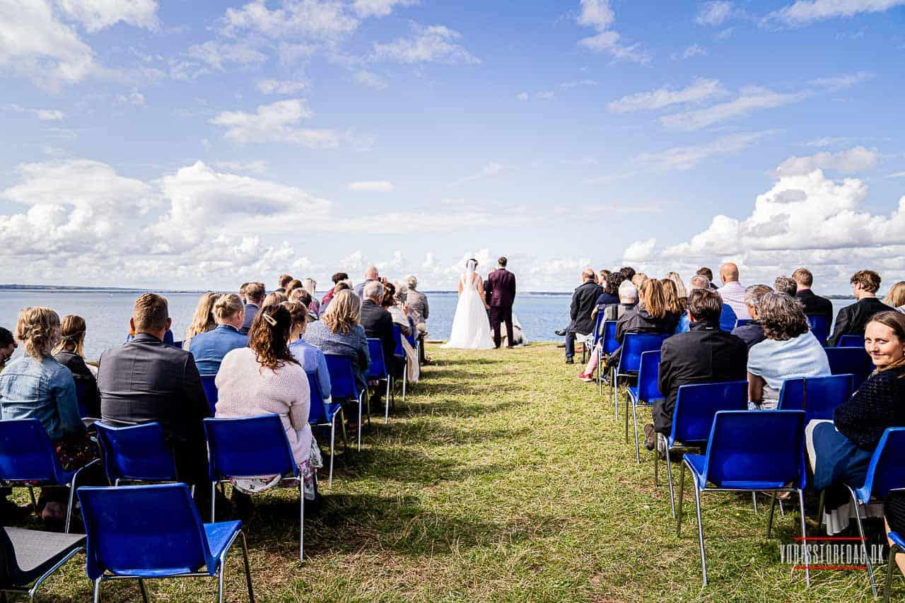 10 vidunderlige destinationer til et udendørs bryllup
