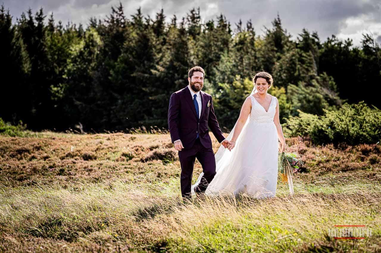 Drømmer om udendørs bryllup i Jylland | Bryllupsfotograf