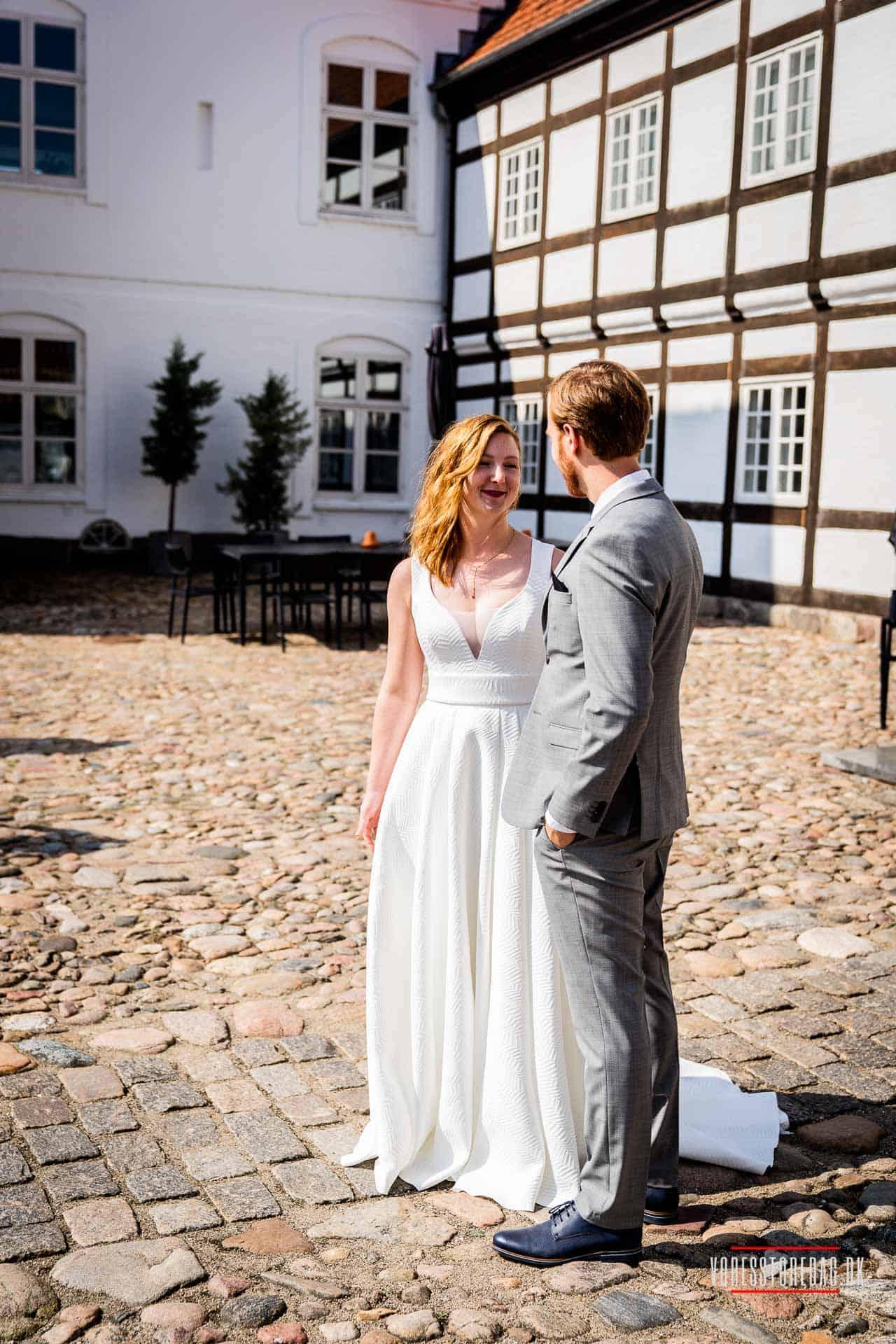 Hotel Haraldskær bryllup - Bryllupsfotograf