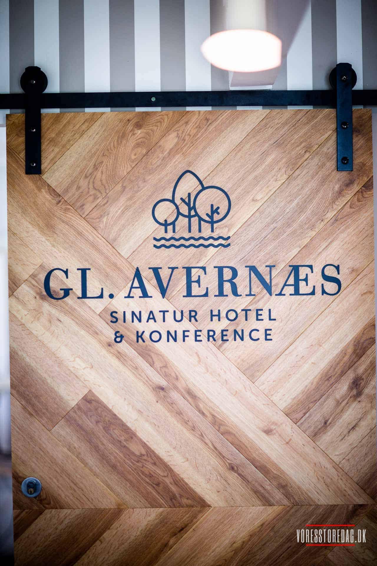 Få en idyllisk spiseoplevelse i restauranten på Gl. Avernæs