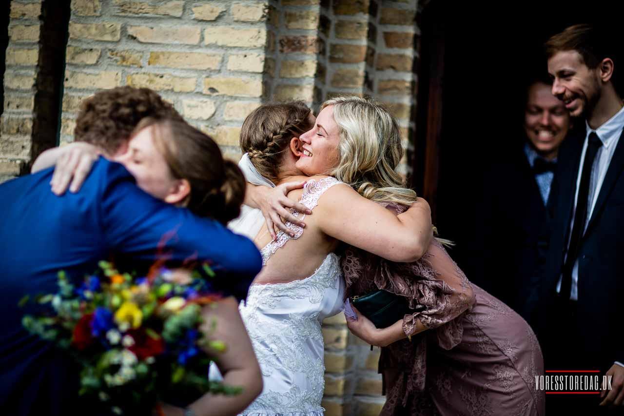 Bryllupsfotograf Odense til kunstneriske og spændende bryllupsbilleder