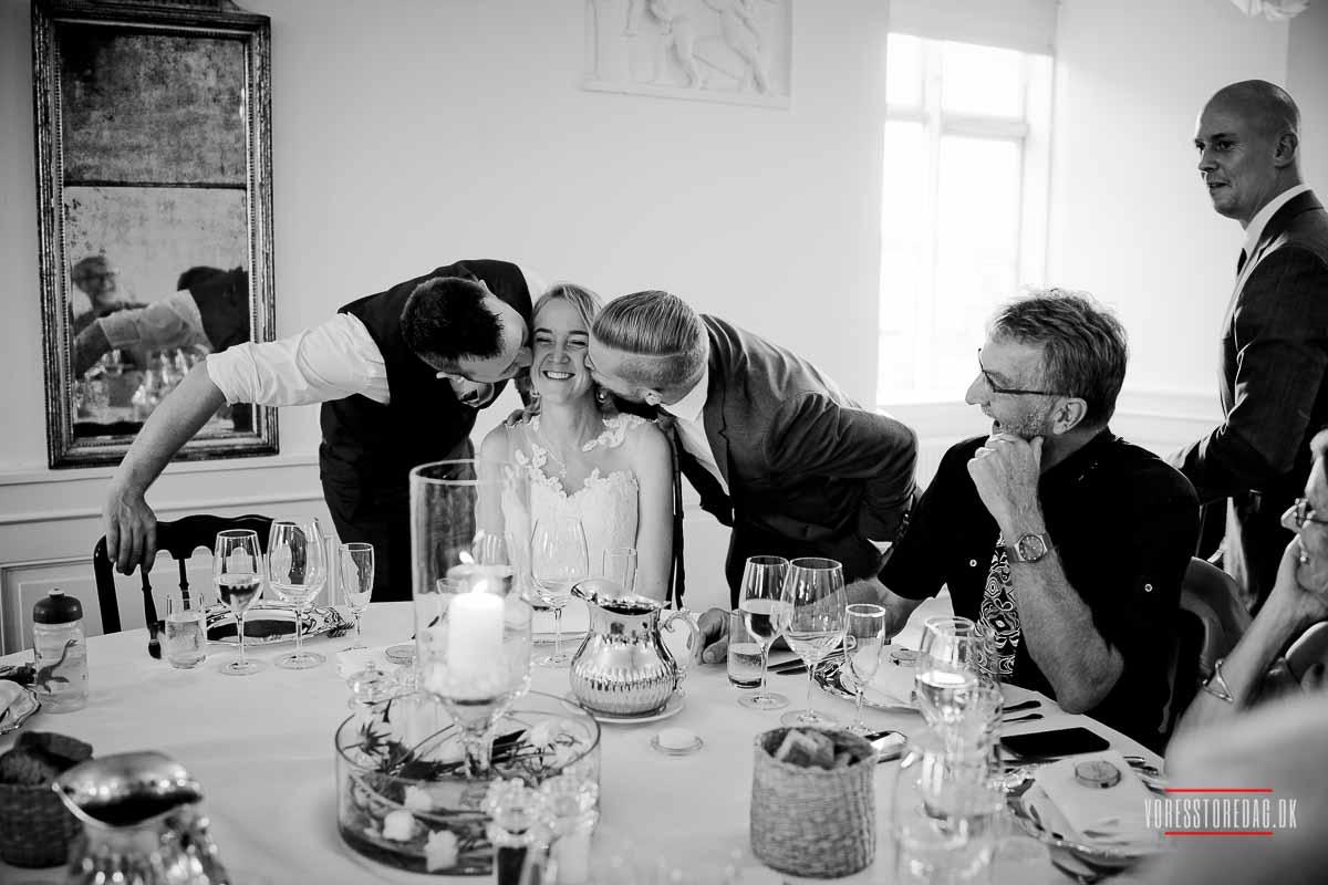bryllupsbilleder fra Broholm Slottet