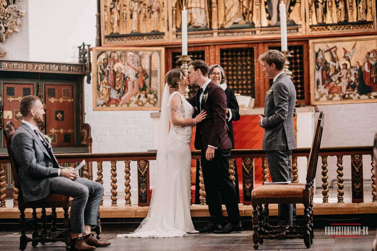 Romantisk bryllup Aarhus: Lad os klare det praktiske og nyd festen