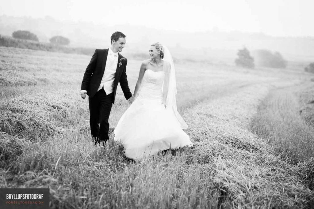 Bryllupsbillederne taler for sig selv