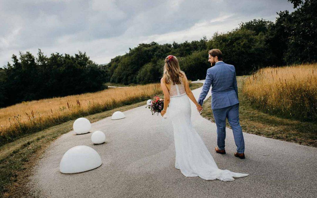 Hvordan vælger man lokation til bryllupsbilleder?